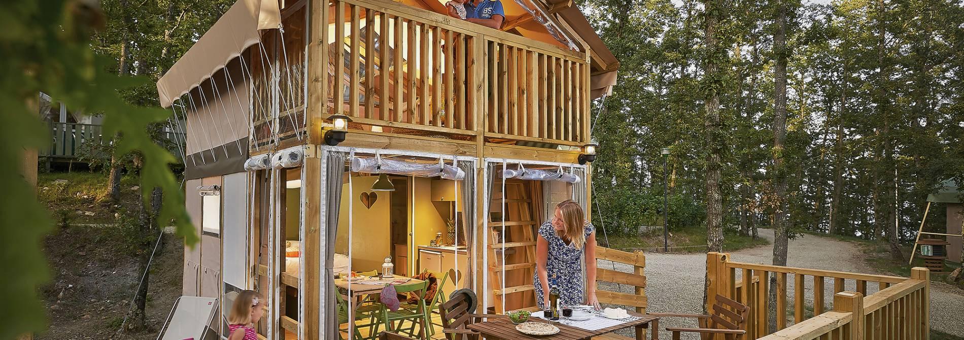 vacanza glamping camping italia croazia francia spagna campeggi di lusso. Black Bedroom Furniture Sets. Home Design Ideas